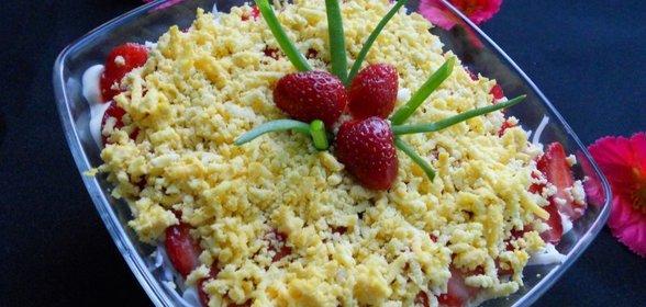 Салат клубника с курицей рецепт пошагово в