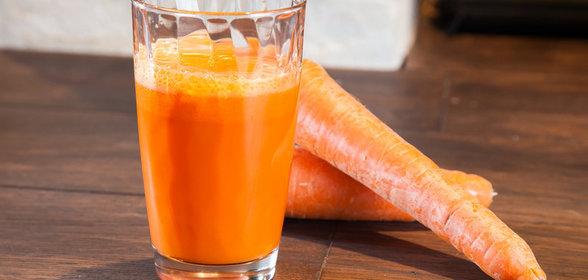 Морковный сок окрасил сперму
