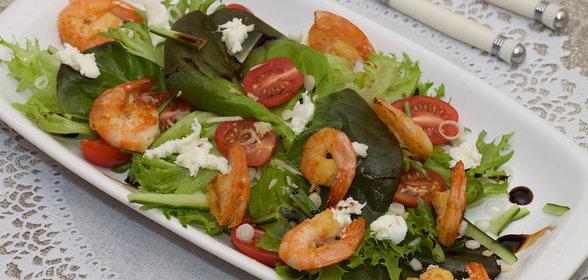Салат из креветок и зелени рецепт