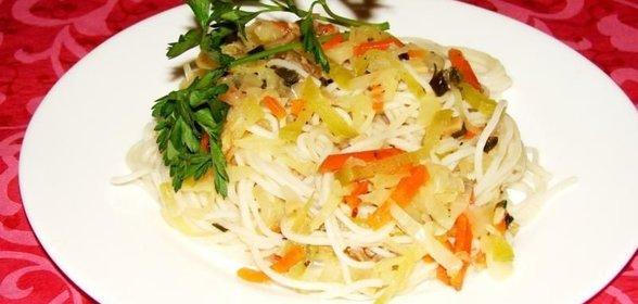 салат с фунчозой и капустой рецепт